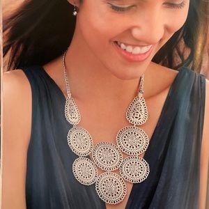 Stella & Dot Medina Bib Necklace